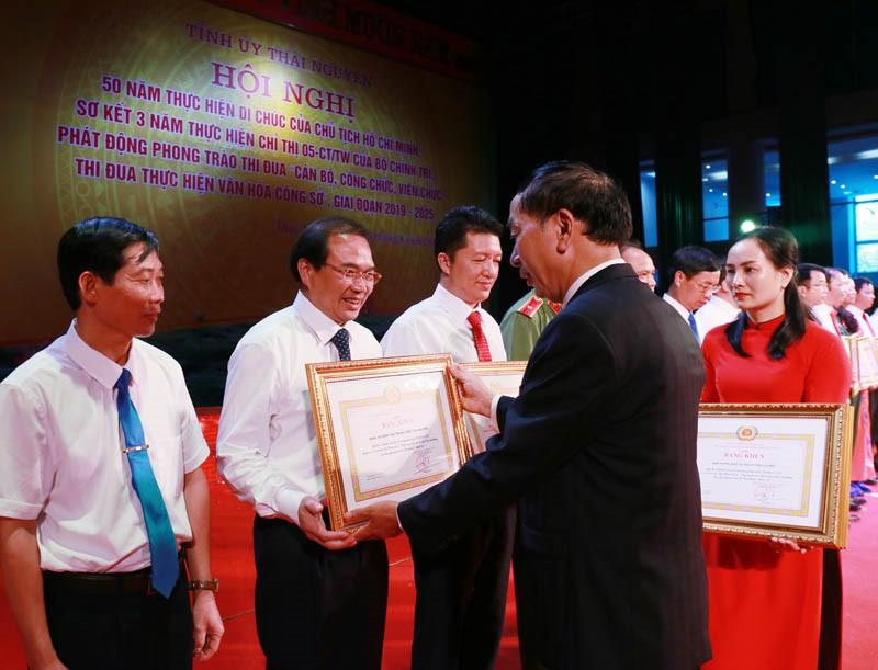 Bệnh viện Trung ương Thái Nguyên đẩy mạnh học tập và làm theo tư tưởng, đạo đức, phong cách Hồ Chí Minh
