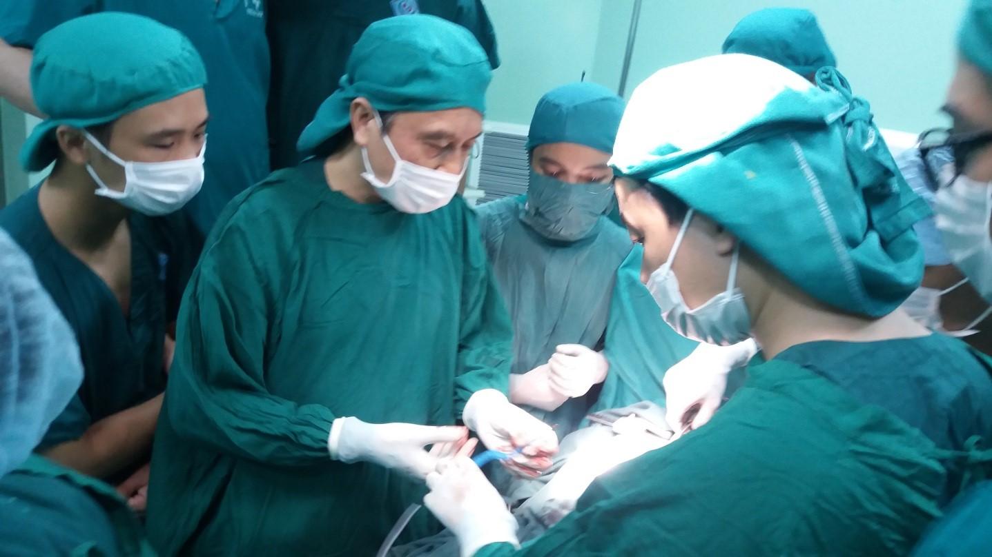 Bước tiến mới trong phẫu thuật điều trị ung thư gan tại Bệnh viện Trung ương Thái Nguyên